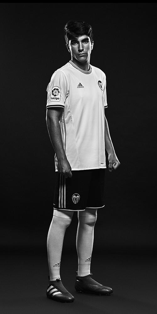 carlos soler adidas futbolista fotografo deportivo