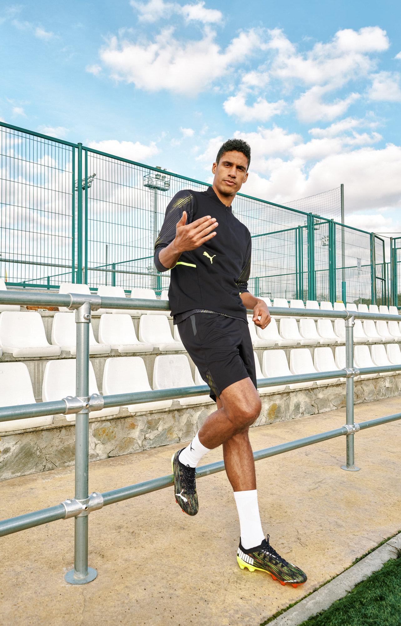 Raphael-Varane-football-player-soccer-01