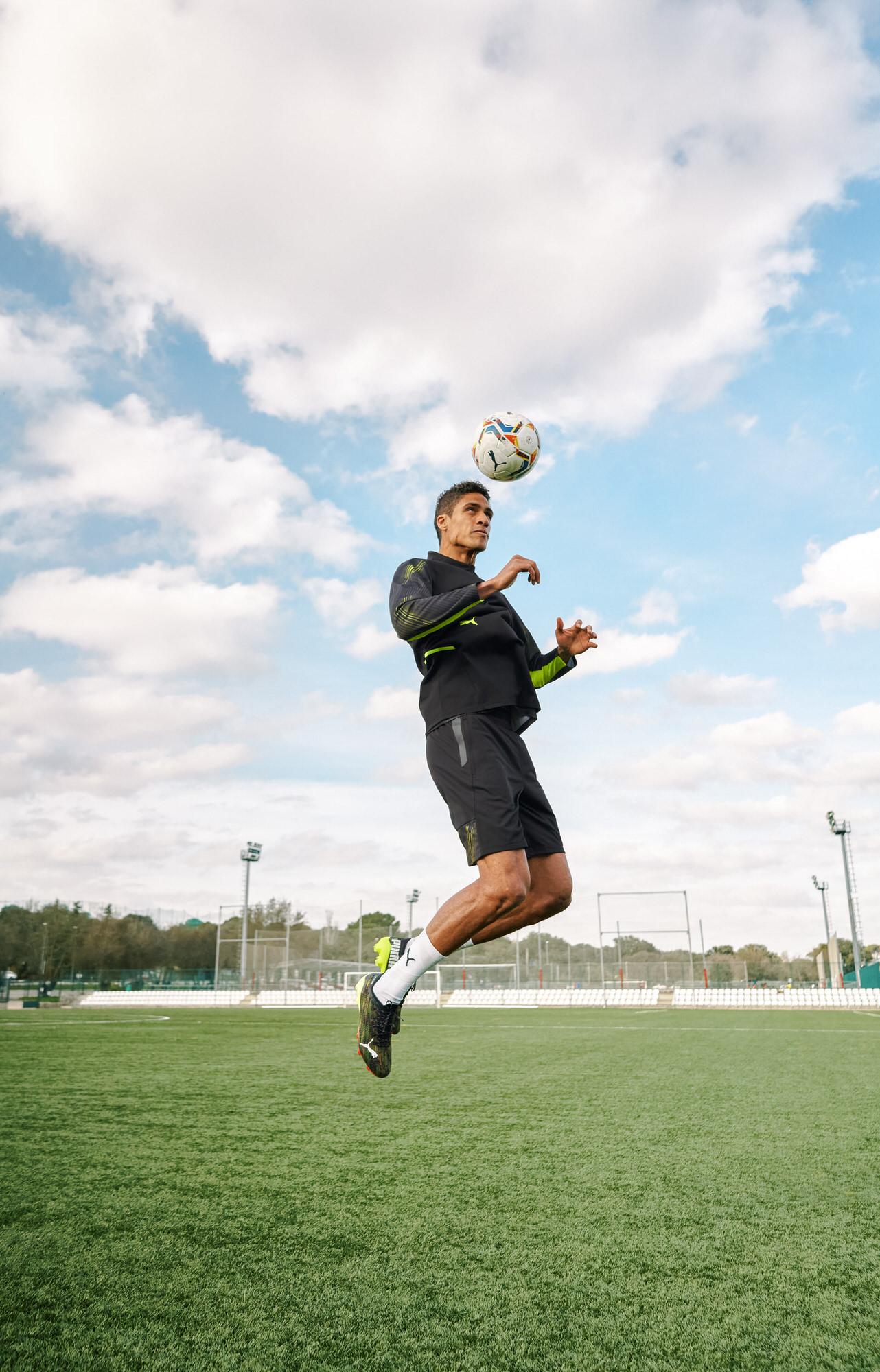Raphael-Varane-football-player-soccer-04